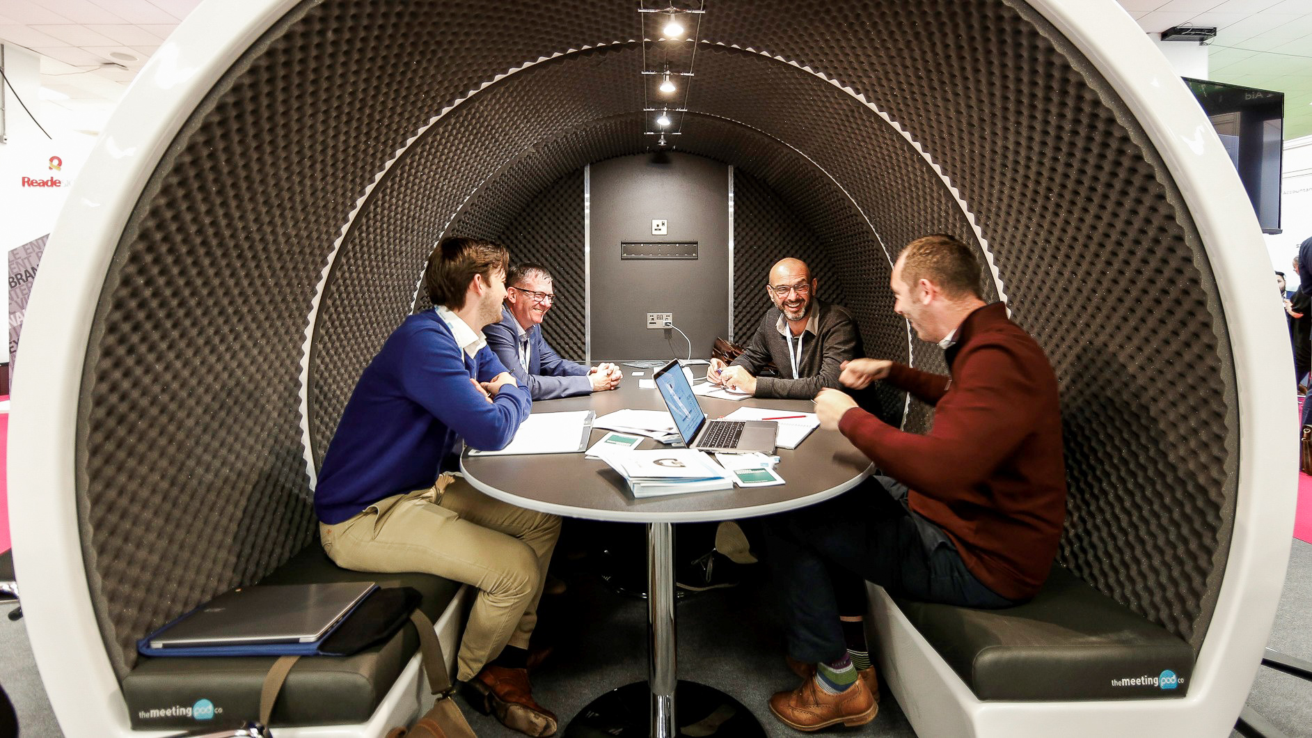 6 Person Meeting Pod
