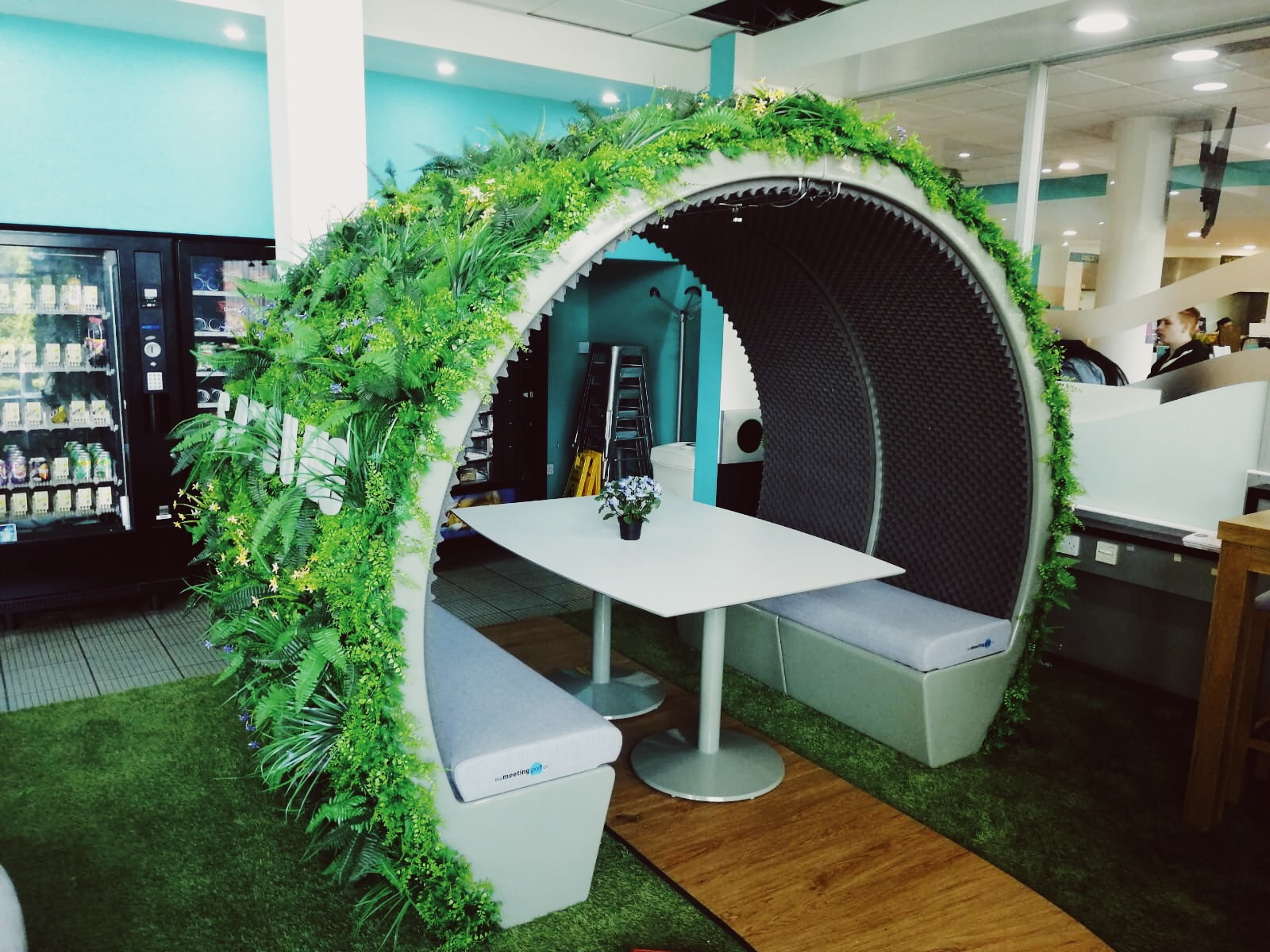 Biophilic wrapped 4 person Meeting Pod