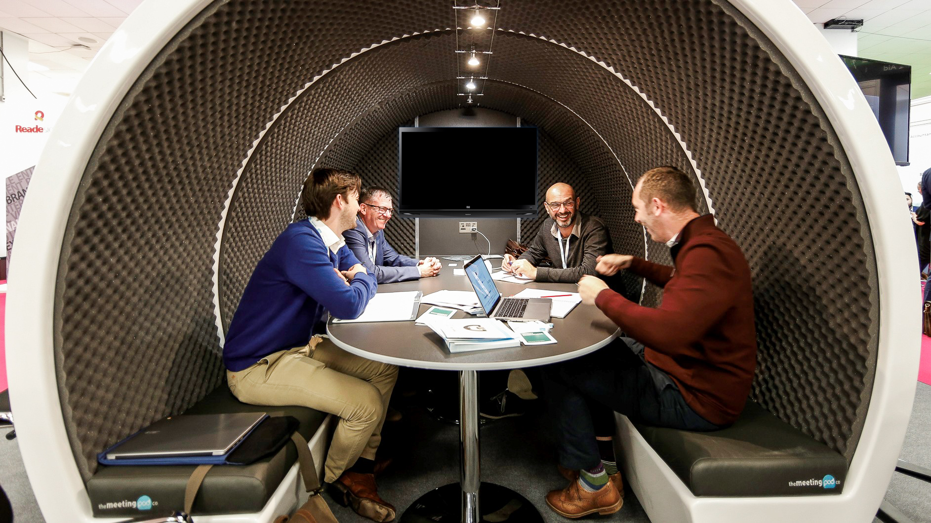 Brainstorming in the Meeting Pod